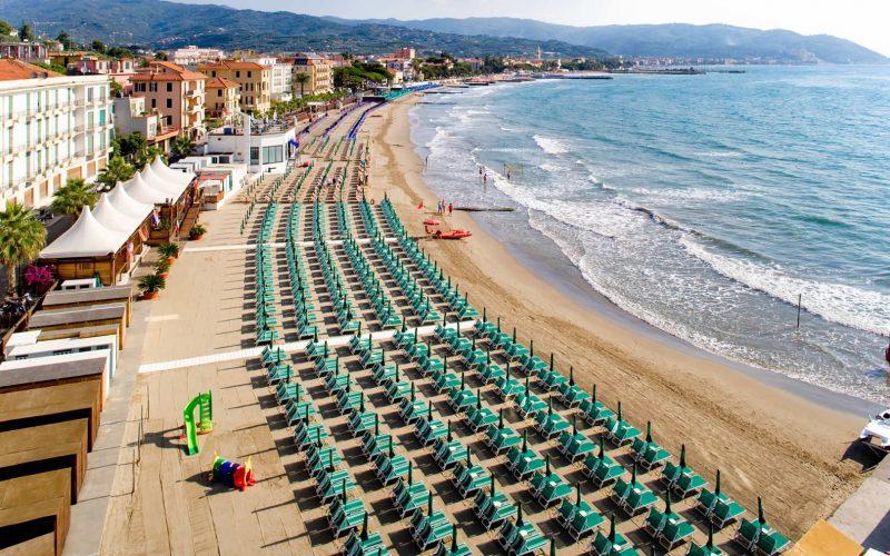 Diano Marina beach