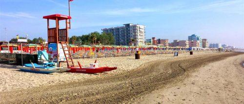 Lido degli Scacchi beach