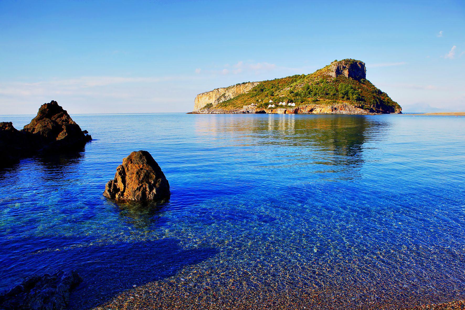 Praia a Mare beach
