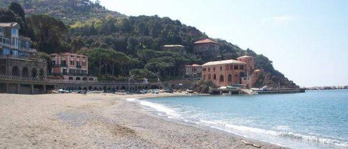 Albisola Superiore beach