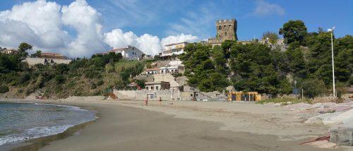 Dominella beach