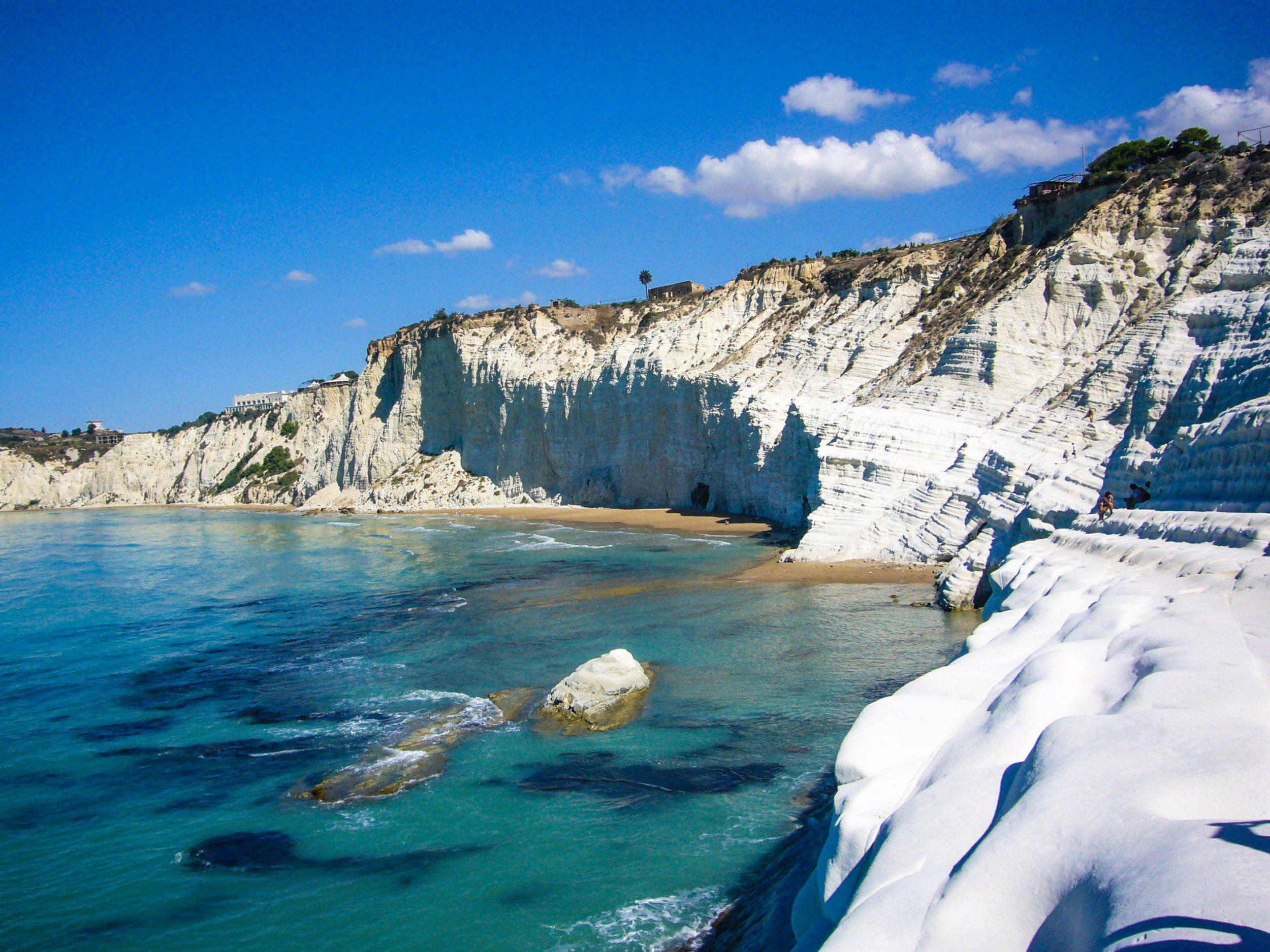 Scala dei Turchi beach