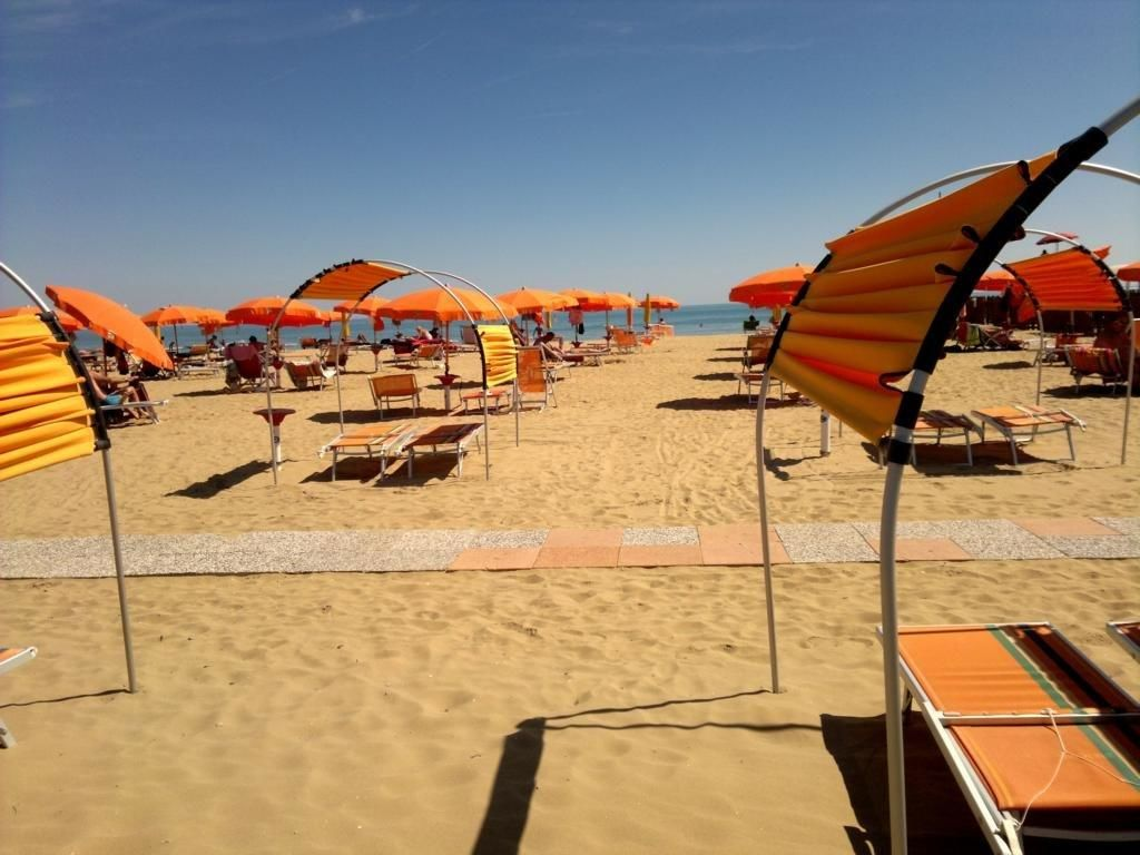 Lido dei Pini beach