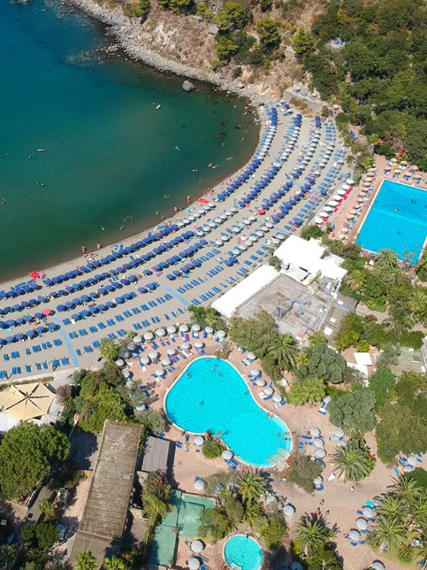 Travel tips: thermal baths close to the sea