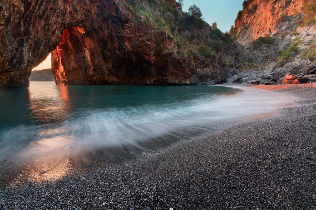 Spiaggia di Arco Magno