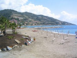 Spiaggia Aregai Marina - Marina degli Aregai