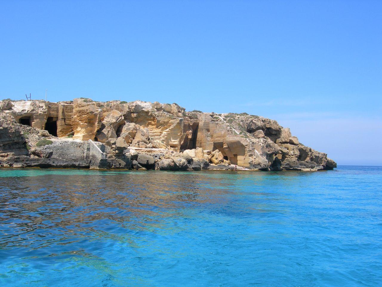 Matrimonio Spiaggia Favignana : Spiaggia di cala bue marino trovaspiagge portale