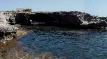 Cala di Grotta Perciata