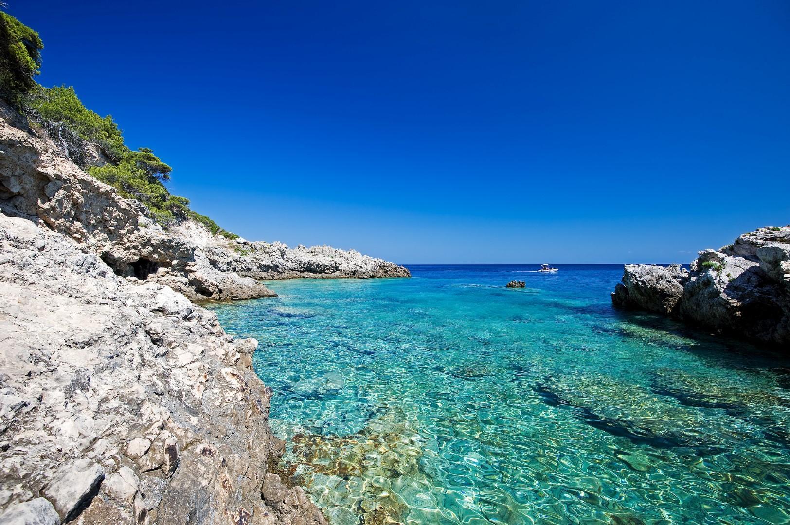 Spiaggia di isola di pianosa tremiti for Una storia ospita vicino a me