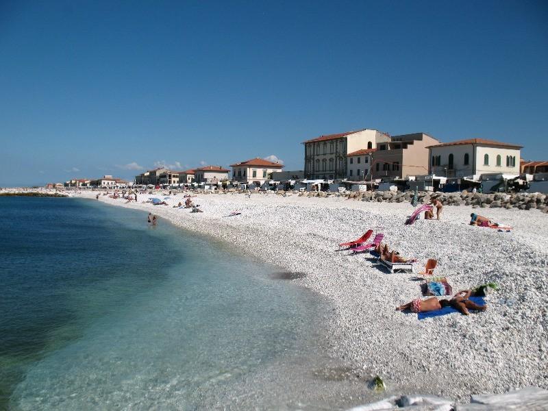 Spiaggia Marina di Pisa - Toscana - trovaspiagge.it - spiaggia