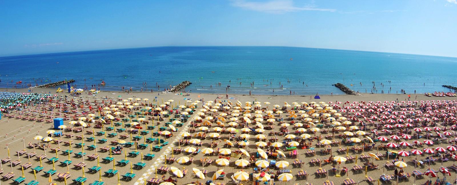 Matrimonio Spiaggia Caorle : Spiaggia di levante caorle spiagge italiane su