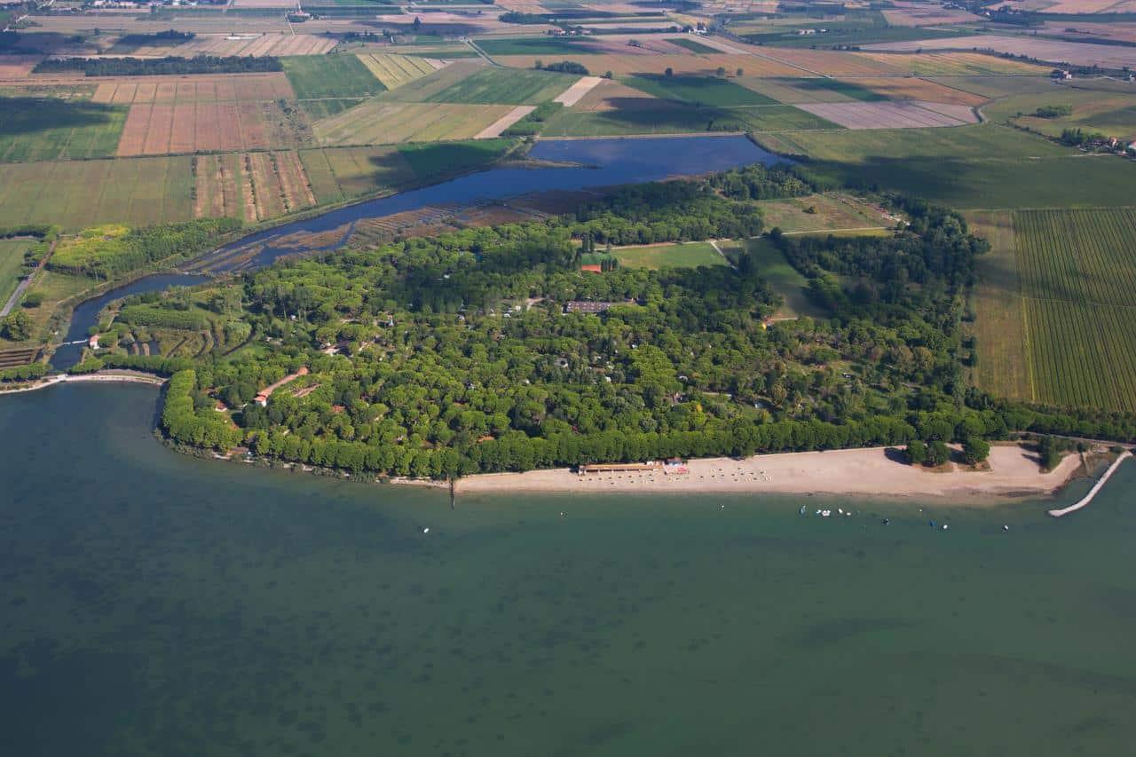 Spiaggia Belvedere Pineta