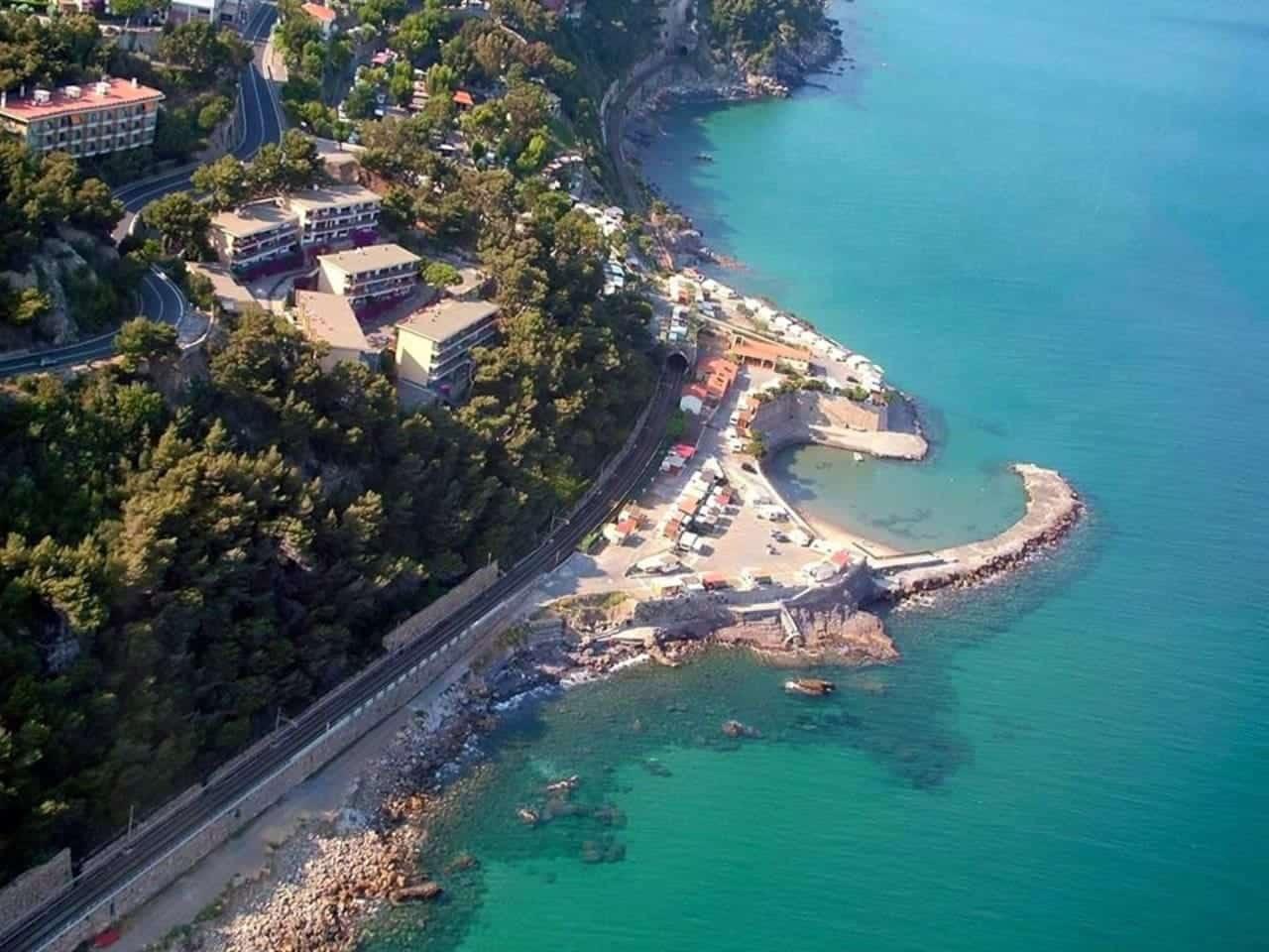 Spiaggia di Capo Mimosa