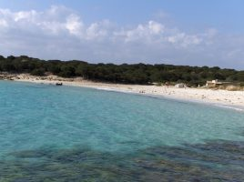 Spiaggia del Relitto di Caprera, Maddalena, Sardegna