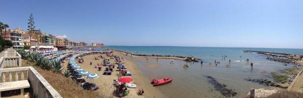 Spiaggia Grotte di Nerone, Anzio, Lazio