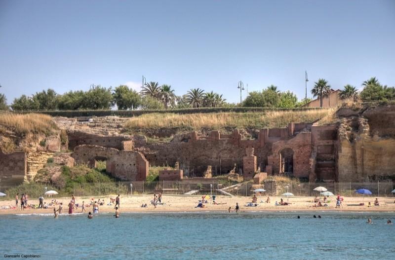 Spiaggia di Grotte di Nerone