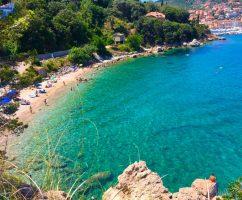 Spiaggia La Cantoniera situata sul Monte Argentario vicino Porto Santo Stefano