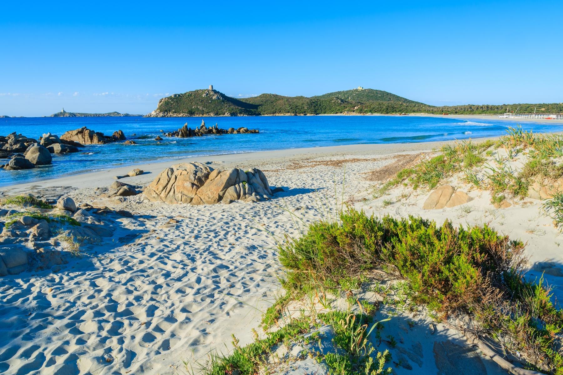 Spiaggia di Porto Giunco   trovaspiagge.it, portale delle spiagge ...