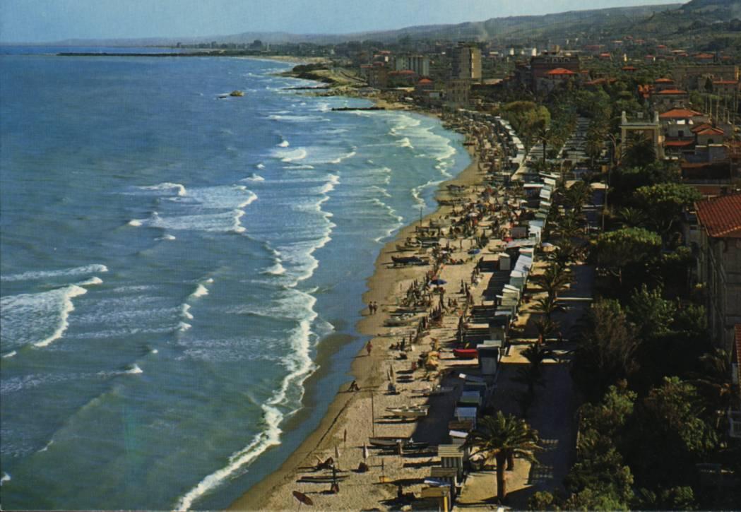 Matrimonio Spiaggia Grottammare : Spiaggia di grottammare marche spiagge italiane su