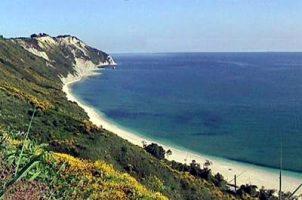 Spiaggia di Mezzavalle