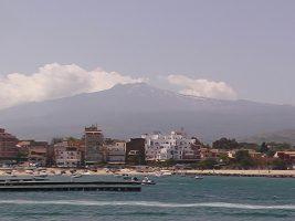 Spiaggia di Aci Trezza