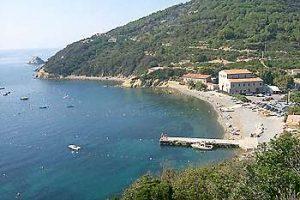 Spiaggia Enfola