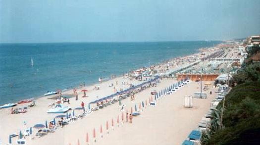 Matrimonio Spiaggia Anzio : Spiaggia di lavinio trovaspiagge portale delle