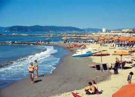 Spiaggia Marina di Massa