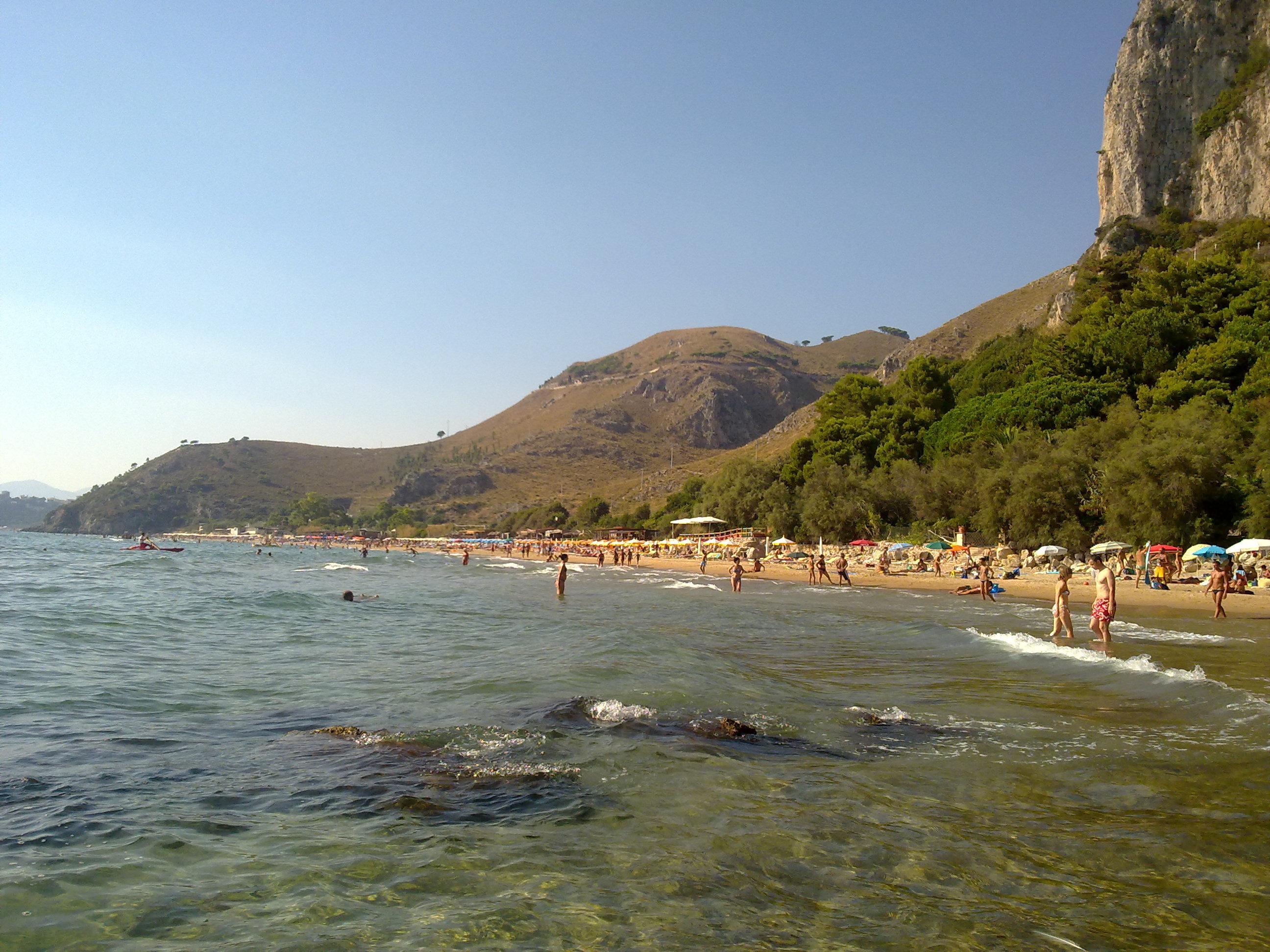 Spiaggia di Bazzano