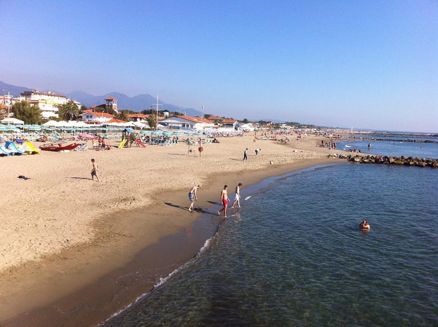 Matrimonio Spiaggia Marina Di Massa : Spiaggia di ricortola trovaspiagge portale delle