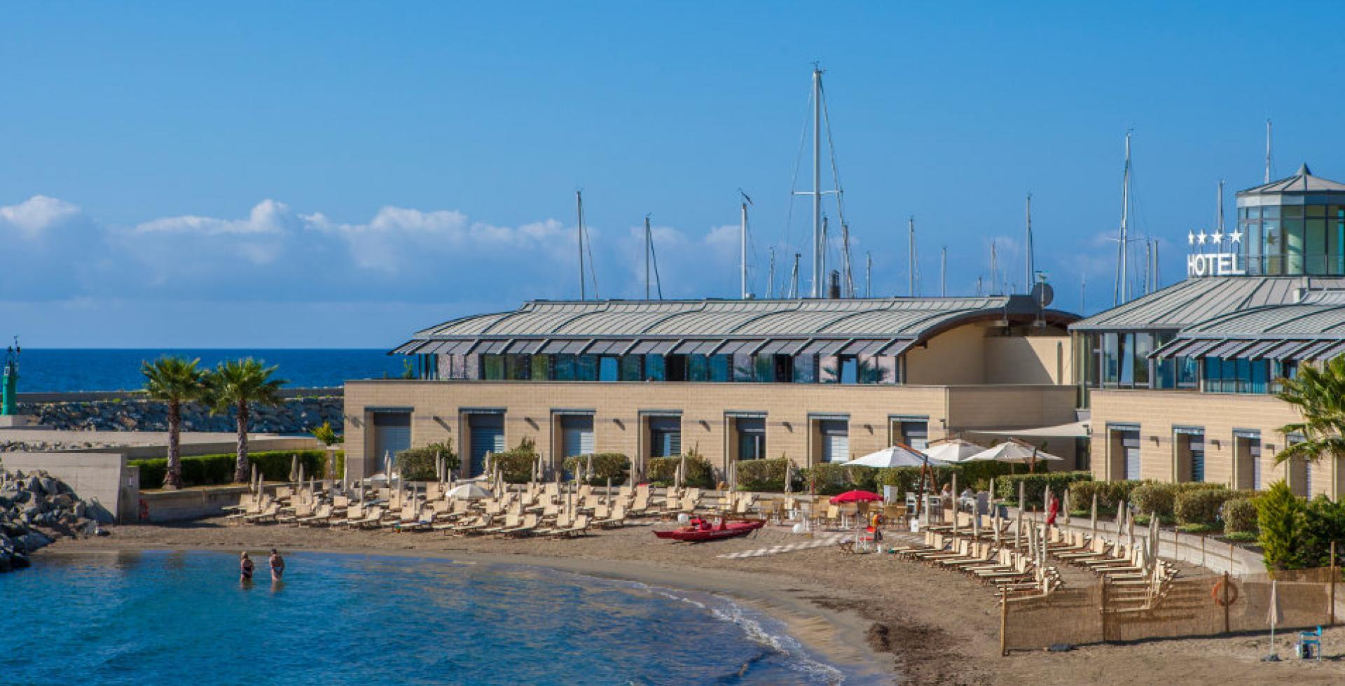 Spiaggia Baia delle Vele - San Lorenzo a Mare