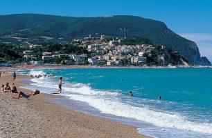 Spiaggia Marina Palmense - Marche