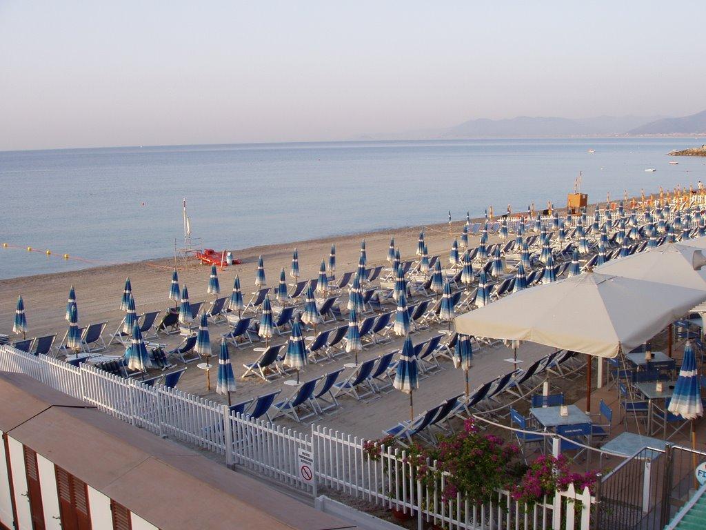 Spiaggia di Finalpia