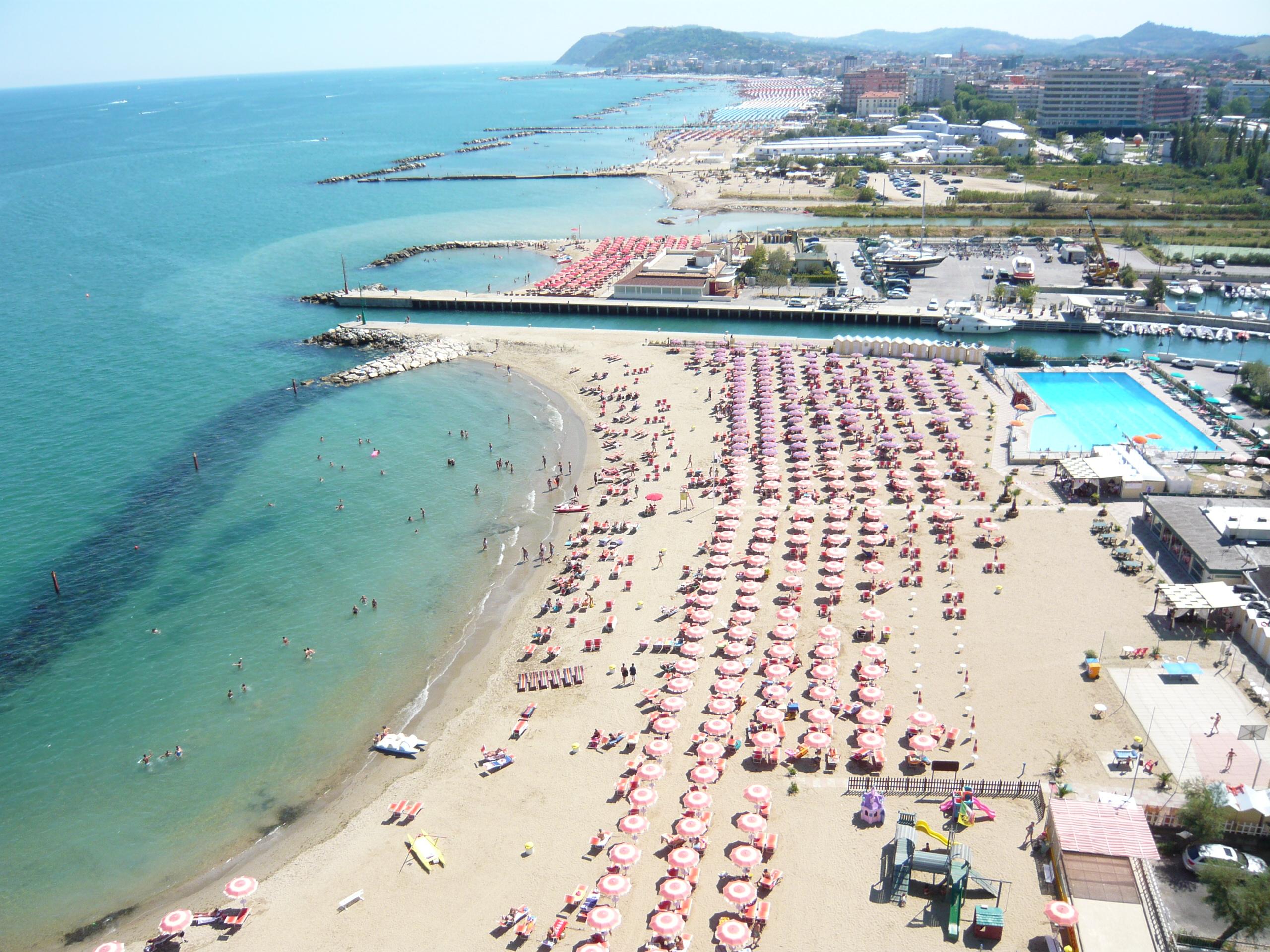 Matrimonio Spiaggia Misano Adriatico : Spiaggia portovede di misano adriatico spiagge italiane