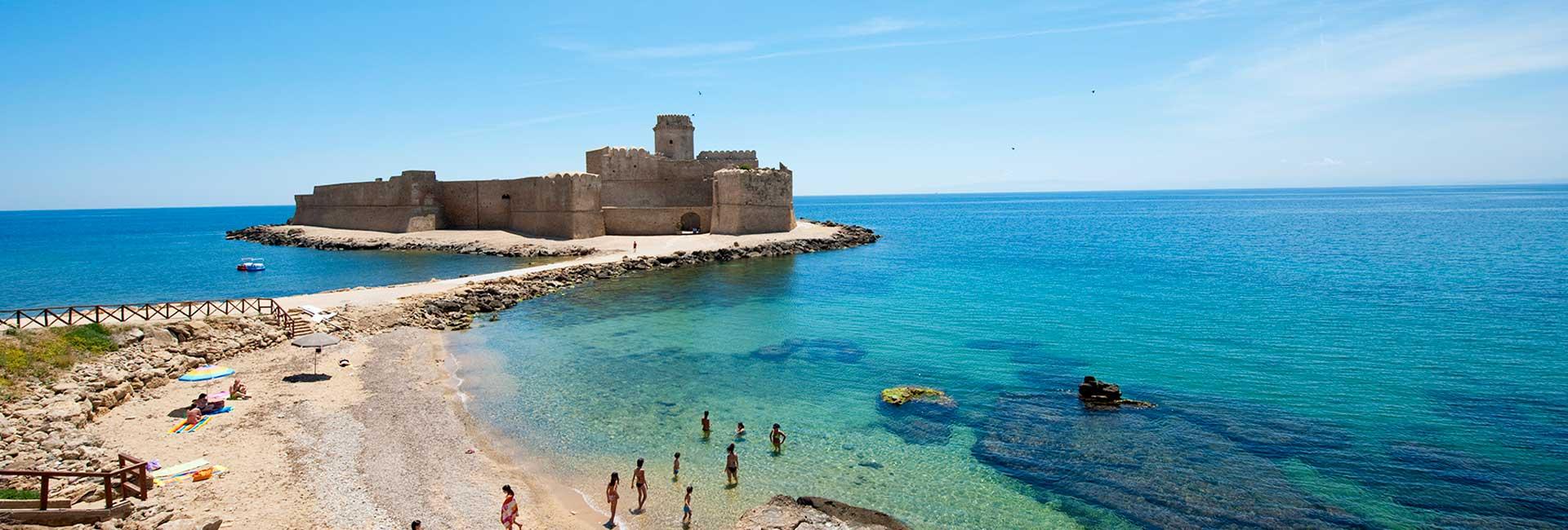 Spiaggia Le Castella - Isola di Capo Rizzuto - Calabria
