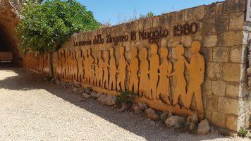 Riserva Naturale Orientata dello Zingaro - memoria della marcia 18 maggio 1980 - ingresso Scopello