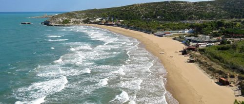 Spiaggia Cala Lunga, Peschici, Puglia