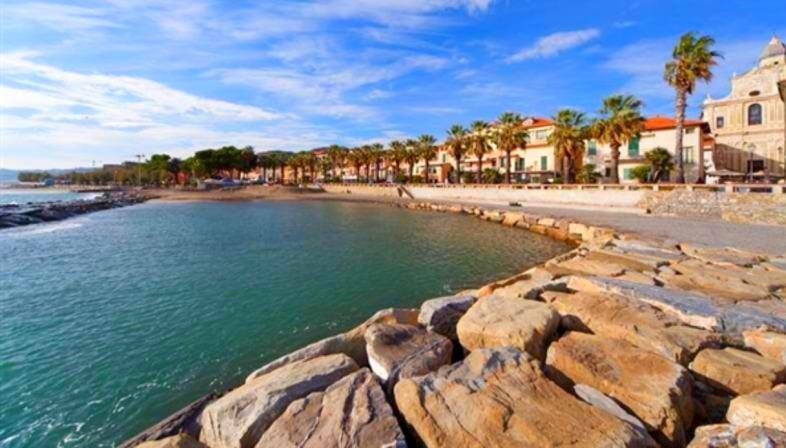 Spiaggia di Riva Ligure, Liguria