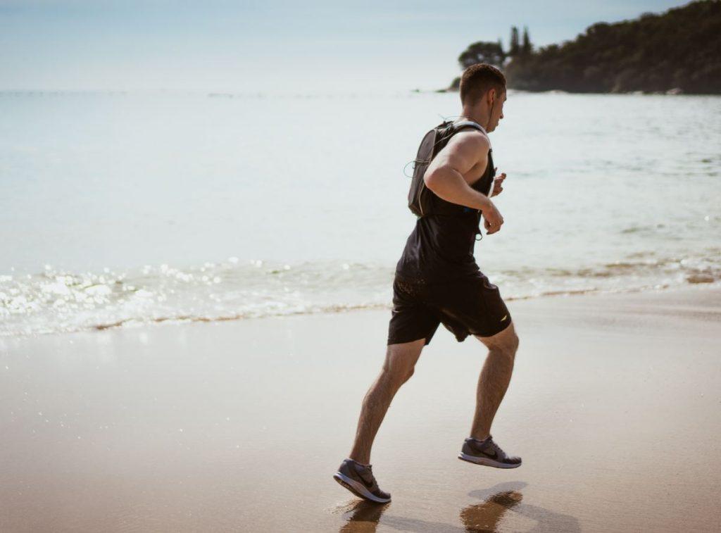Allenamento: una delle attività da spiaggia da fare in questo 2020