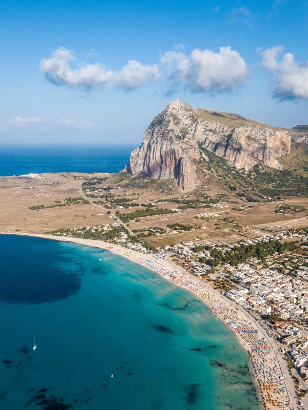 Giro della Sicilia occidentale tra spiagge e arte