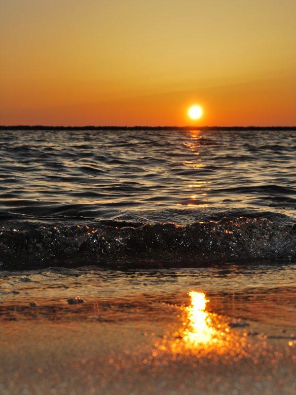 Tramonti in spiaggia più belli in Italia: dove ammirarli?