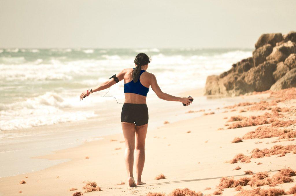 Attività sportiva in riva al mare
