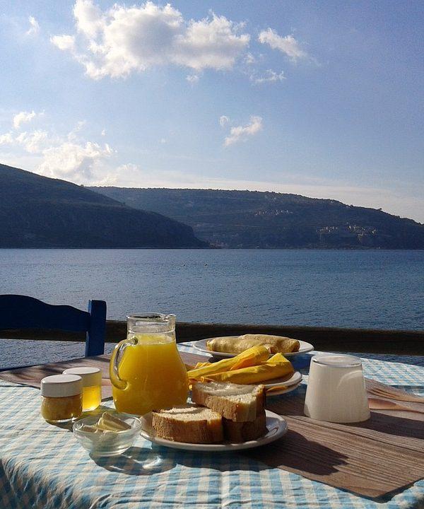 La colazione al mare. 8 idee da nord a sud