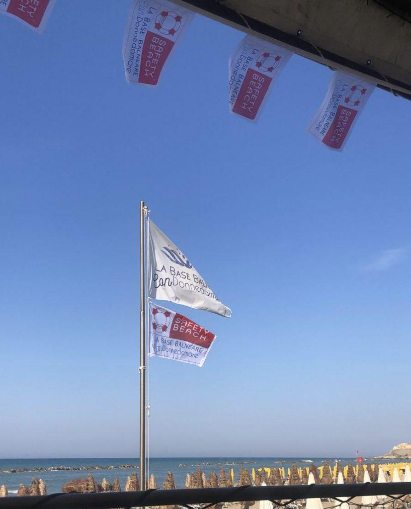 safety beach bandiera