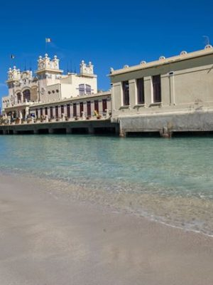 Il fascino vintage dei bagni storici d'Italia